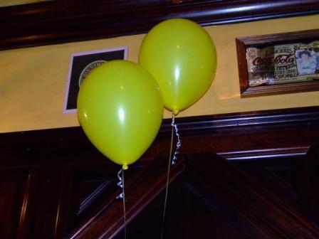Yellow_balloons